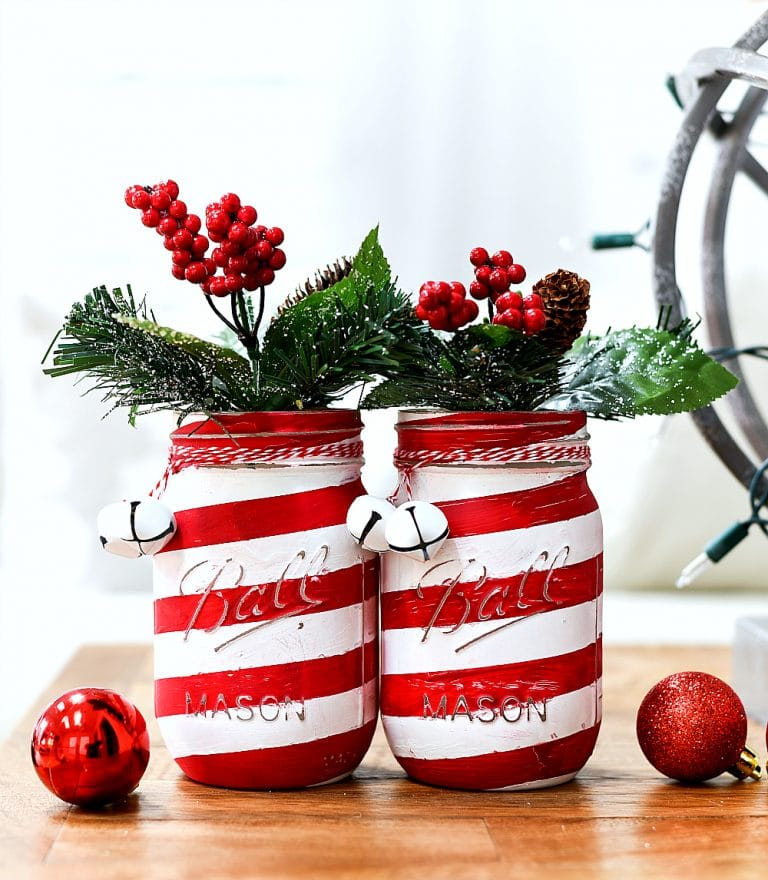 Candy-Cane-Mason-Jar-Craft-Painted-Distressed DIY