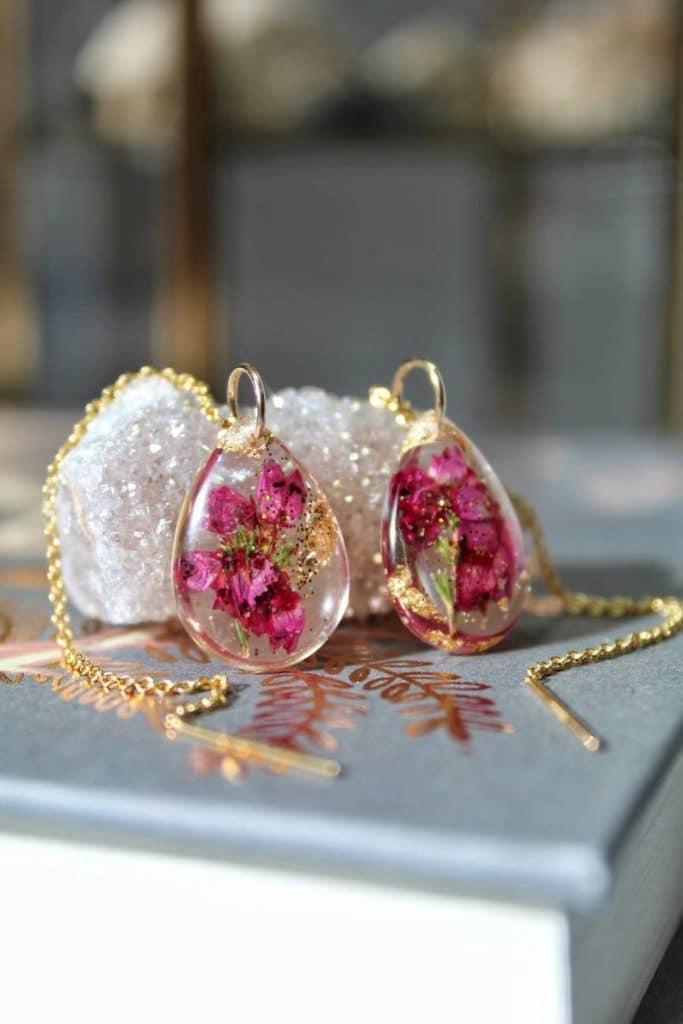 Real Flower Threaders, Pressed Flower Jewelry, Botanical Earrings, Threader Earrings, 14k Gold Fill, Terrarium